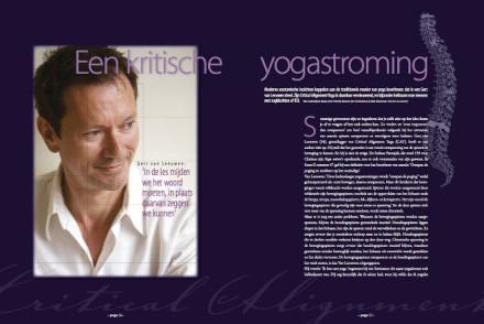 Een spread uit Yoga Magazine dec 2010
